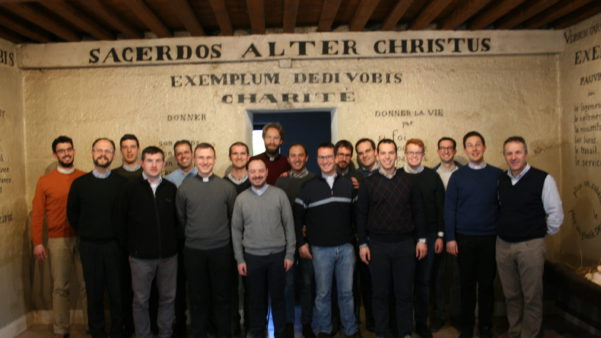 Jeunes prêtres de Trévise/Italie au Tableau de Saint-Fons
